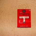 Jak założyć instalację alarmową